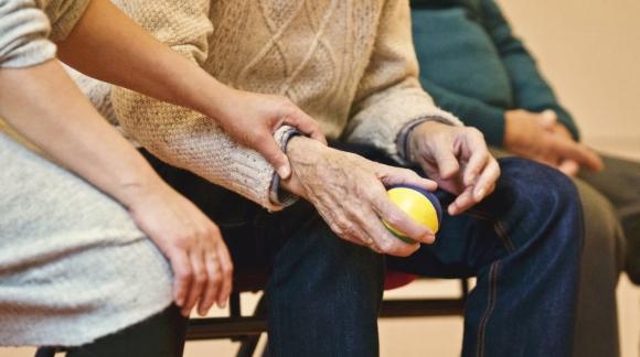 Choroby reumatologiczne – jak wykryć i leczyć?